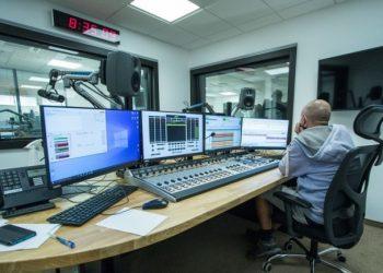 Nové štúdio Slovenského rozhlasu na 9. poschodí v obrátenej pyramíde Slovenského rozhlasu. Bratislava, 21. september 2020 (Foto: SITA/Ľudovít Vaniherr)