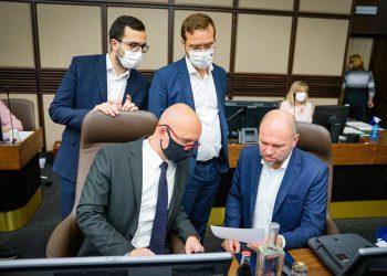 Sulík počas rokovania 26. schôdze vlády SR. Bratislava, 24. jún 2020  (Foto: SITA/Úrad vlády SR)